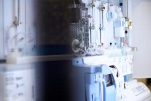 検査機器から消耗品まで様々取り扱う